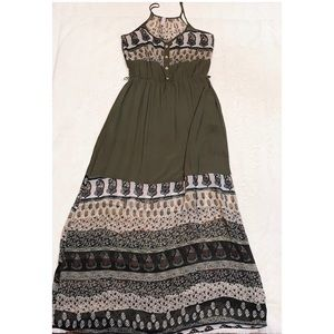 The Impeccable Pig Green Print Maxi Dress Size M